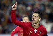"""M.Rui giria C.Ronaldo: """"Jo alkis paverčia jį geriausiu pasaulyje"""""""