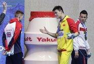 FINA bandė išgelbėti Y.Suną nuo diskvalifikacijos, legendinio M.Farah pareiškimai sukėlė įtarimų
