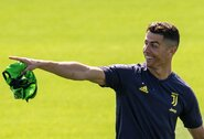 Pamatykite: C.Ronaldo triukas treniruotėje apskriejo pasaulį