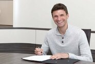 """T.Mulleris pasirašė naują kontraktą su """"Bayern"""""""