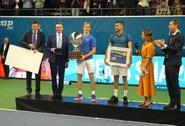 D.Šapovalovas pirmą kartą karjeroje laimėjo ATP 250 serijos turnyrą