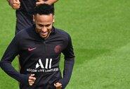 """T.Tuchelis: """"Neymaras nepaliks PSG, kol neturėsime jam pakeitimo"""""""