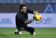 """""""Juventus"""" pratęs sutartį su 42-ų vartininku G.Buffonu"""