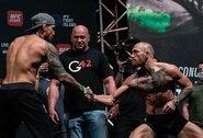 """Atskleisti garantuoti """"UFC 257"""" pagrindinės kovos dalyvių uždarbiai: C.McGregoras uždirbs penkis kartus daugiau, bet tai vis tiek bus didžiausias D.Poirier atlyginimas karjeroje"""