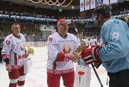 Latvija nebenori rengti pasaulio ledo ritulio čempionato kartu su Baltarusija, IIHF prezidentas siūlo nepainioti sporto su politika