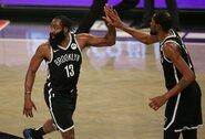 """J.Hardeno ir K.Duranto vedama """"Nets"""" paskutinę minutę palaužė """"Bucks"""""""