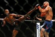 Chaosas UFC: iš reitingo išbrauktas L.Edwardsas staiga metė iššūkį Ch.Čimajevui