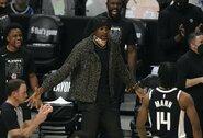 """S.Ibaka pratęsė sutartį su """"Clippers"""""""