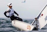 Kelialapius į Tokijo olimpiadą iškovoję buriuotojai J.Bernotas ir V.Andrulytė pradeda varžybų sezoną