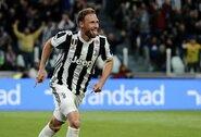 """B.Howedesas atskleidė dosnius """"Juventus"""" priedus: """"Kiekvienas žaidėjas gavo po """"Ferrari"""""""