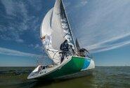 """Tarptautinė """"Kuršių marių regata"""" artėja link finišo: ar pavyks lietuviams apginti absoliučiai greičiausios jachtos titulą?"""