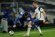 """Netikėta situacija: """"Tottenham"""" saugas paliko aikštę, nes gamta pašaukė"""