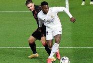 """""""Real"""" 89-ąją minutę išplėšė lygiąsias su """"Real Sociedad"""" futbolininkais"""