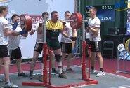 Europos klasikinės jėgos trikovės čempionate Kaune baigėsi jaunimo grupės varžybos