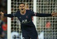 """Ir toliau be kluptelėjimų: PSG klubas 93-ąją minutę išplėšė dramatišką pergalę prieš """"Lyon"""" futbolininkus"""