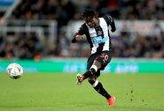 """""""Newcastle United"""" gerbėjai pasipiktino 7 mln. eurų kainavusio žaidėjo pasirodymu"""