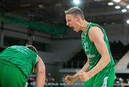 Lietuvos kariškių krepšinio rinktinė lemiamose rungtynėse įveikė graikus
