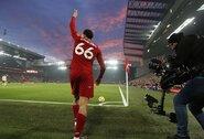 """G.Linekerio verdiktas: T.Alexanderis-Arnoldas taps geriausiu dabartinės """"Liverpool"""" komandos žaidėju"""