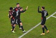"""Vokietijos pirmenybėse """"Bayern"""" grįžo į pergalių kelią, """"Borussia"""" patyrė pralaimėjimą"""