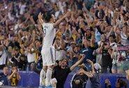 """Z.Ibrahimovičius po """"hat-tricko"""": """"Pelnyti įvarčius lengva, tau tereikia būti tokiu, kaip Zlatanas"""""""
