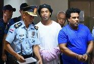 Ronaldinho išleistas iš kalėjimo – skirtas namų areštas