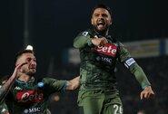 """Antrą pergalę iš eilės iškovoję """"Napoli"""" vejasi pirmąjį penketą Italijoje"""