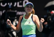 """A.Barty žengė į """"Australian Open"""" pusfinalį ir susitiks su karjeros turnyrą žaidžiančia rusų kilmės amerikiete"""