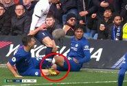 """Dar viena VAR klaida: """"Tottenham"""" žaidėjas turėjo būti išvytas"""