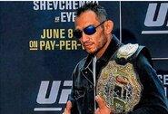 """T.Fergusono reakcija į C.Nurmagomedovo patvirtinimą apie pasitraukimą iš """"UFC 249"""": """"Aš jam sakiau, kad iššluosiu suknistas grindis su jo kepure, bet jis pabėgo"""""""