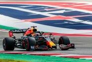 """JAV GP: M.Verstappenas paskutiniu bandymu aplenkė L.Hamiltoną ir iškovojo """"pole"""" poziciją"""