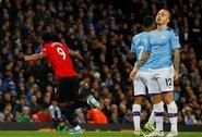 """Mančesterio derbyje –""""Man United"""" du įvarčiai per šešias minutes ir pergalė prieš """"Man City"""""""