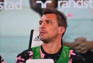 """Rimtas pareiškimas? """"AC Milan"""" pasiekė susitarimą su M.Mandžukičiumi"""