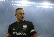 Pamatykite: fantastišku smūgiu pasižymėjęs W.Rooney pateikė rimtą paraišką gražiausiam sezono įvarčiui