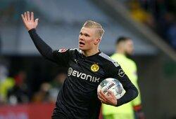 """Svajonių debiutas: E.B.Haalandas pirmose """"Borussia"""" rungtynėse pelnė """"hetriką"""""""
