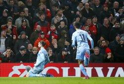 """58 metų laukimas baigtas: """"Burnley"""" aptiesė """"Man United"""" apytuščiame """"Old Trafford"""" stadione"""