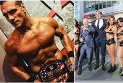 WWE žvaigždei pareikšti rimti kaltinimai: seksualinę aistrą tenkino ne tik lytiniu organu?