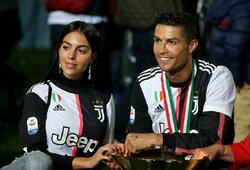 Paaiškėjo, kiek pinigų kas mėnesį C.Ronaldo perveda savo draugei