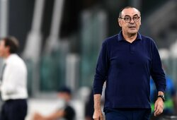 """M.Sarri įsiuto išgirdęs žurnalistų klausimus apie ateitį """"Juventus"""" klube"""