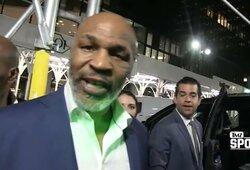 M.Tysonas užstojo C.McGregorą ir patvirtino kalbas apie marihuanos rūkymą