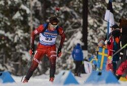 V.Strolia sėkmingai pasirodė pasaulio biatlono taurės etapo sprinte, į persekiojimo lenktynes pateko ir K.Dombrovskis