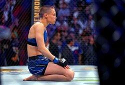 """""""UFC 261"""" medikų išvados: R.Namajunas nenukentėjo, Ch.Weidmanas ir V.Ševčenko suspenduoti pusmečiui"""