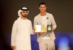 C.Ronaldo atmetė įspūdingą arabų pasiūlymą, šie kreipėsi į L.Messi