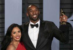 """Pirmoji tragiškai žuvusio K.Bryanto žmonos žinutė: """"Guodžiuosi tik tuo, kad Kobe ir Gigi žinojo, kad yra labai stipriai mylimi"""""""