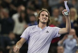 S.Tsitsipas ATP 250 turnyre Marselyje apgynė nugalėtojo titulą