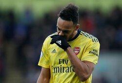 """""""Barcelona"""" susidomėjo galimybe nuomos pagrindais įsigyti """"Arsenal"""" žvaigždę"""