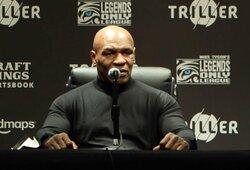 """Suktinę prieš pat kovą surūkęs M.Tysonas: """"Teisėjų balai man nerūpėjo"""""""