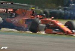 """Chaosas Brazilijoje: """"Ferrari"""" pilotai """"išmušė"""" vienas kitą, P.Gasly aplenkė L.Hamiltoną, triumfavo M.Verstappenas"""