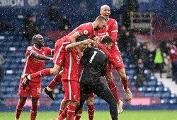 """Įspūdinga: vartų sargas Alissonas 95-ąją minutę smūgiu galva išplėšė """"Liverpool"""" pergalę prieš """"West Brom"""""""