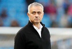 """""""Tottenham"""" naujuoju treneriu tapęs J.Mourinho: """"Džiaugiuosi prisijungęs prie klubo, kuris turi tokius aistringus sirgalius"""""""