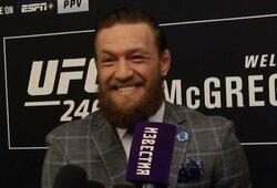 """UFC prezidentas pasakė, koks būtų """"protingiausias C.McGregoro ėjimas"""""""